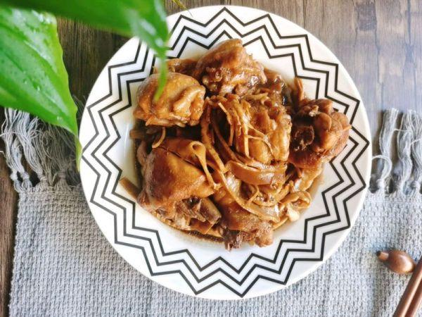 笋干的吃法,说起家常菜,笋干焖鸡#肉食主义狂欢#不能少