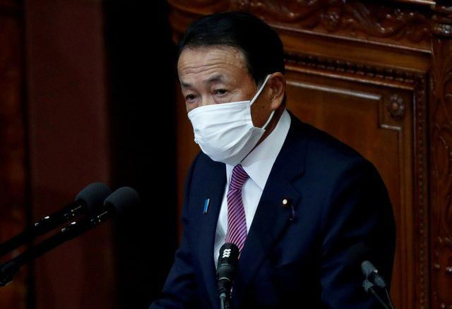 """麻生太郎用无赖逻辑回应中国外交官批评,台湾网友都说他""""无耻"""""""