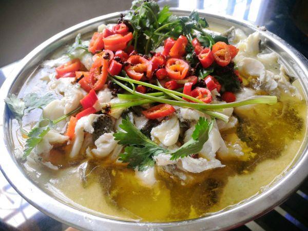 酸菜鱼的吃法,家常美味酸菜鱼,锁住家人的胃