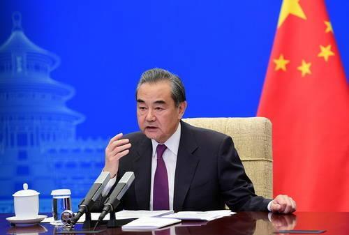王毅:民主不是可口可乐,全世界一个味道