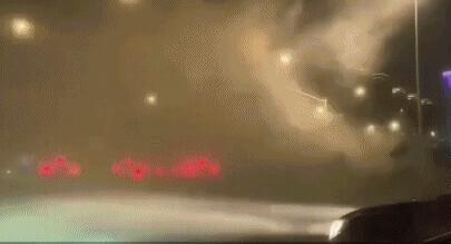 已致11死102伤,飞机被吹到原地转圈!江苏南通突遭极端灾害天气 全球新闻风头榜 第2张