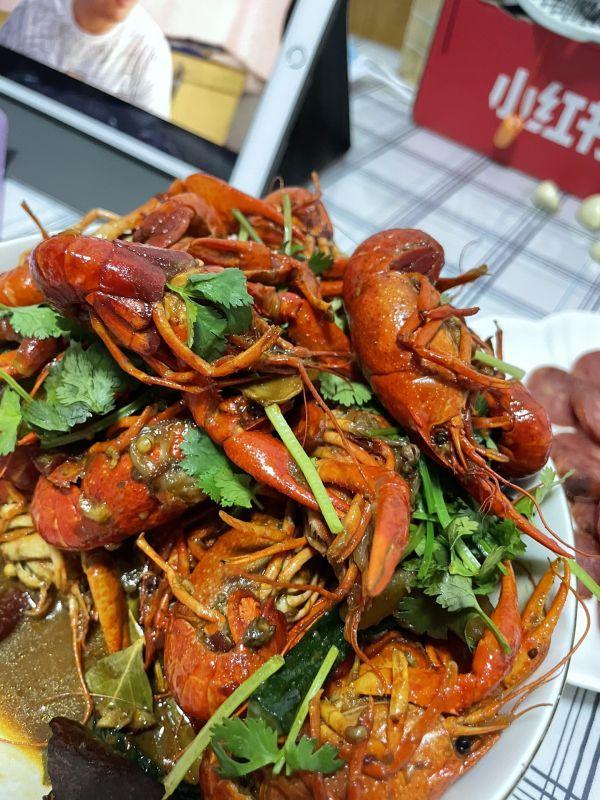 小龙虾的吃法,小白也能轻松学会的麻辣小龙虾,不油腻超好吃哦