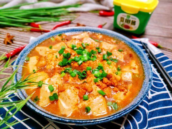 麻婆豆腐的家常做法,麻婆豆腐,在家做出正宗好味道,麻辣鲜香很下饭