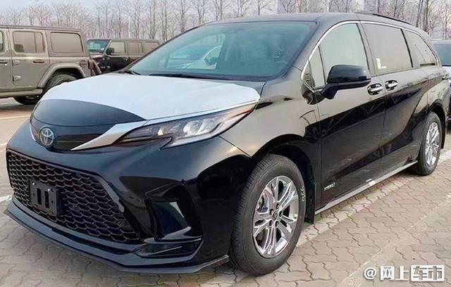 丰田全新MPV确定国产!比埃尔法大多了,预计30万起,4季度开卖