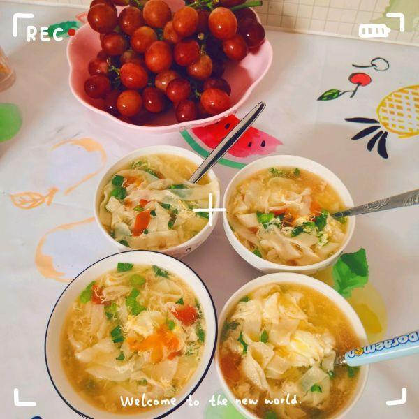 面疙瘩汤的做法,简单懒人菜面疙瘩汤,打败周一综合征
