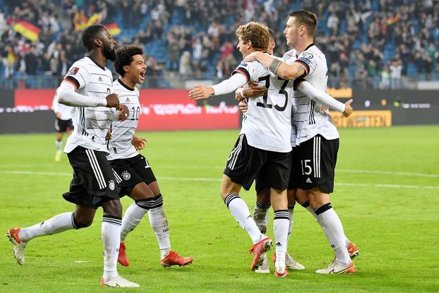 足球——世预赛:德国胜罗马尼亚 全球新闻风头榜 第1张