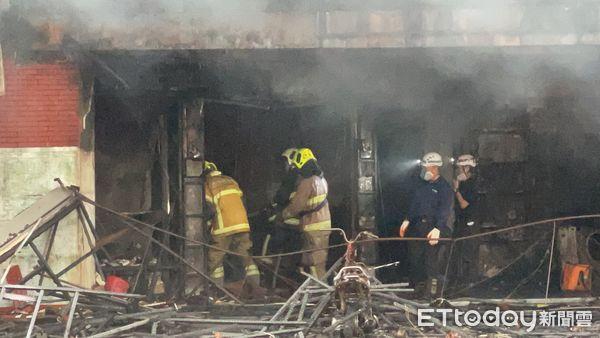 台湾高雄一建筑起火已致6人死亡 警方:无法证实情侣争吵酿火灾