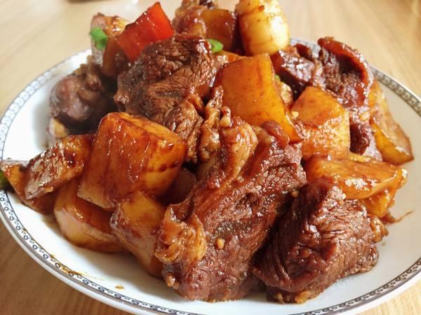 牛肉的吃法大全,不要只会煎牛排了,快来看看这20款牛肉的做法