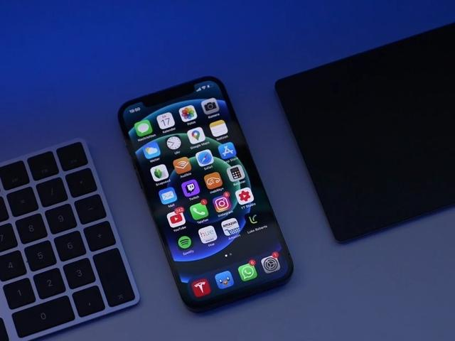 苹果12手机真实图片,终于知道为什么今年最值得买的苹果是iPhone12,而不是iPhone11了