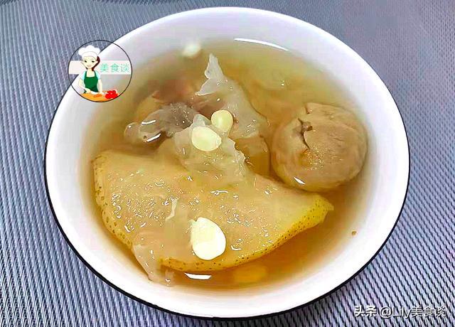银耳的吃法,冬天银耳和此一起煮,每天喝一小碗,润肤又营养,温暖美丽过冬天
