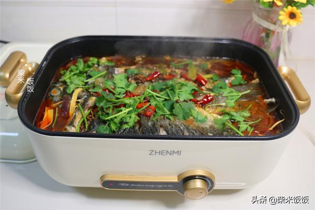 烤鱼怎么做,天冷想吃烤鱼,教你家庭版做法,麻辣鲜香,比买的还好吃