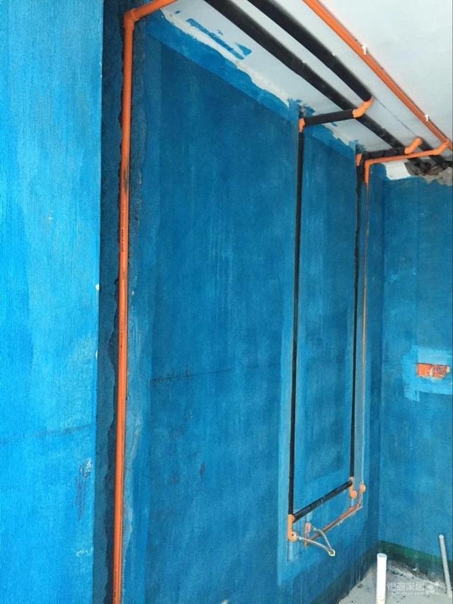 怎么做防水,做了防水的墙面,贴瓷砖时要用这三种方法,否则很容易空鼓和脱落
