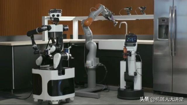 vr机器人,丰田研究院新型机器人技术,通过VR可执行85%的人类级任务