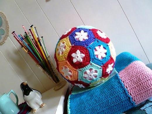 婴儿球,低龄宝宝益智球,妈妈自己也能做,亲子游戏每次都能玩到嗨