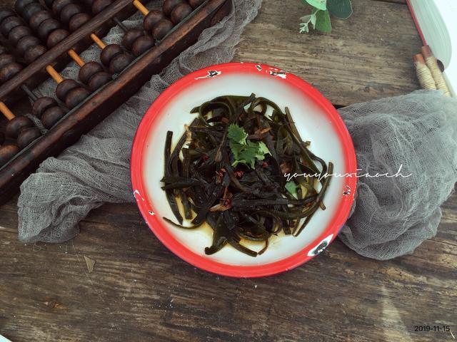 做丝怎么做,海带丝怎么做才能好吃不腥,厨师长悄悄告诉你诀窍,在家也能做