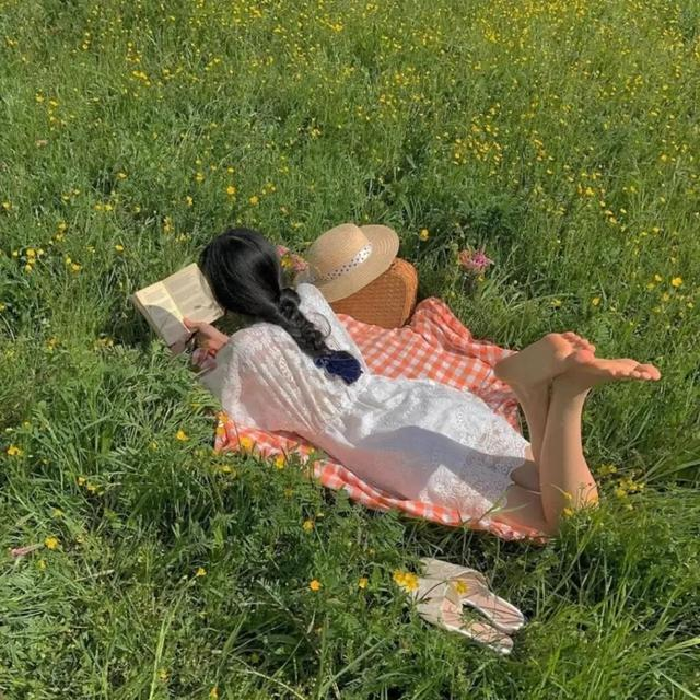 描写春天的优美短句,关于春天的文案|忽而春风,为所有美好的开始