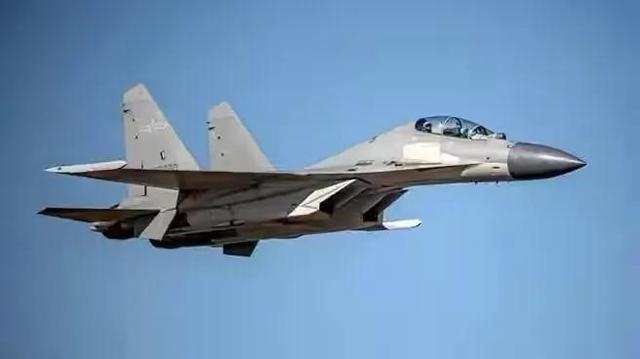 """解放军军机为何常去台湾西南空域?台专家解析""""一石二鸟""""效用"""