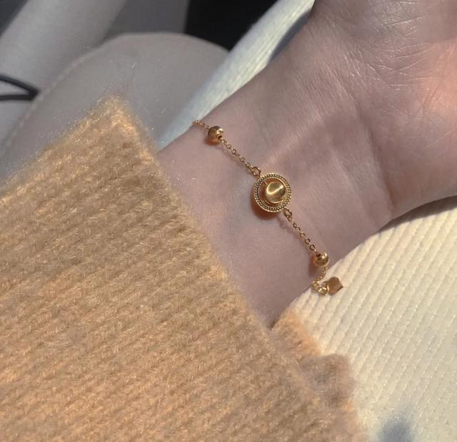 黄金吊坠的寓意,这些好看不贵的足金饰品,每一件都在对我招手!