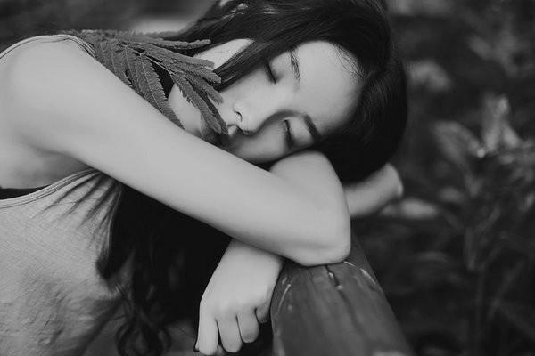 分手的短句子说说心情,适合分手后的个性签名,哪一句戳中了你的泪点?