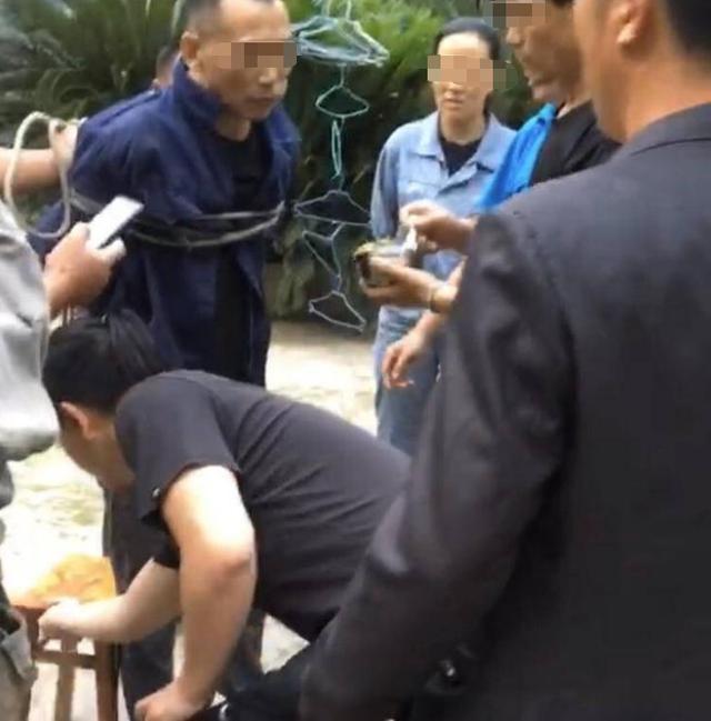 四川眉山理发店命案嫌疑人落网,抓捕村民:提起家人,他哭了 全球新闻风头榜 第3张