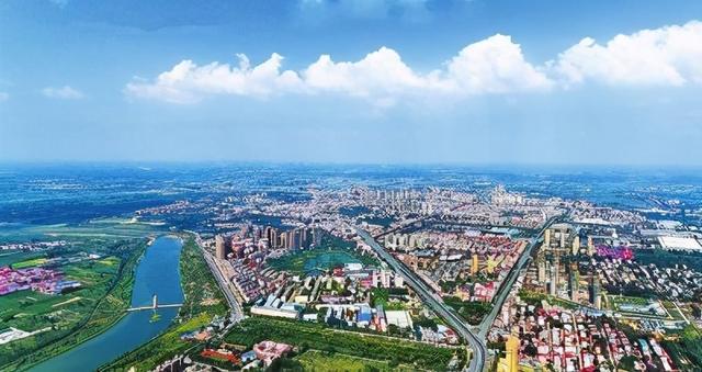 这县曾是开封一员,现被郑州管辖,GDP高达400亿,发展可期