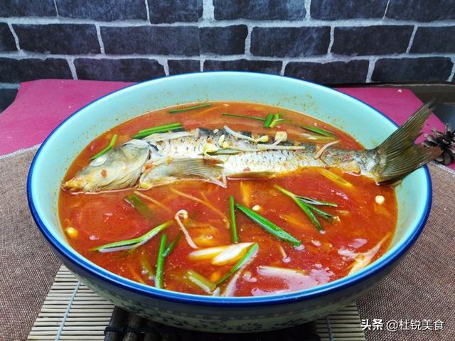 鱼的做法视频,地道酸汤鱼做法,酸辣爽口,地方名菜经典,值得一试