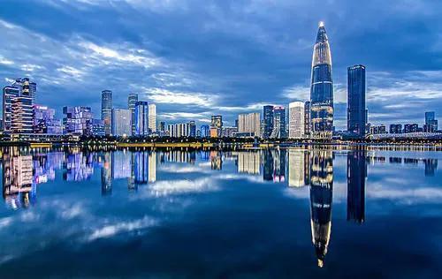 在我国发展趋势速率更快的三座大城市各自坐落于哪儿?