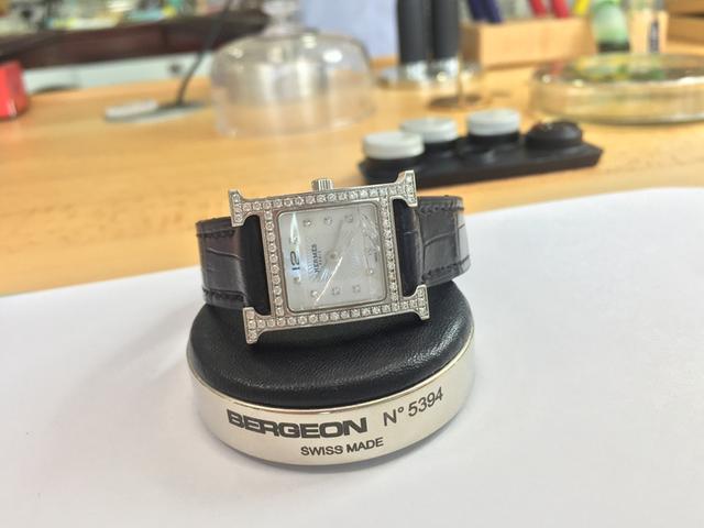 手表表镜损坏的危害及应急措施-爱马仕维