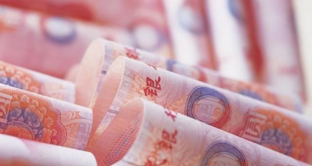 3月人民币累计暴跌1200点,外汇储备减少350亿,开始贬值