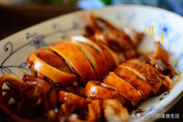 烤鱿鱼的做法,好吃的红烧鱿鱼怎么烧,掌握这几个要点就行,下酒又下饭