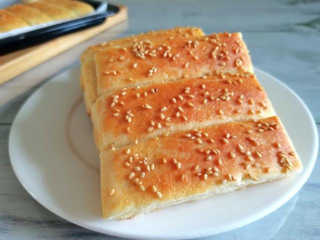 饼子的做法,又酥又软又香的饼子,做法就是这样简单,丈夫连夸好吃