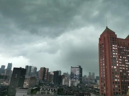 武汉暴雨现状最新实拍 武汉暴雨最新通报