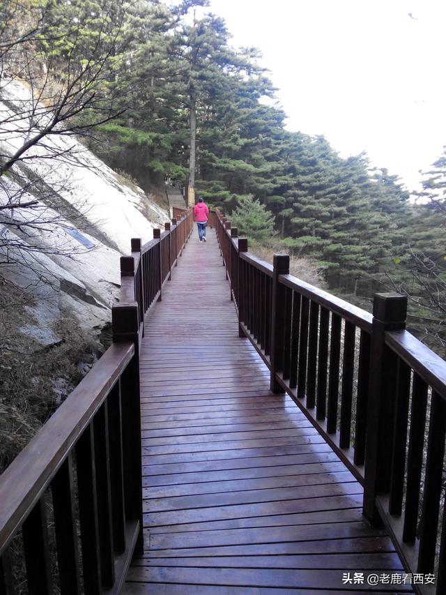 西安小伙带你感受华山的险峻之美 建议爬华山安排在行程最后一站