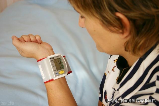 高血压不一定要吃降压药,老中医教你这几种方法