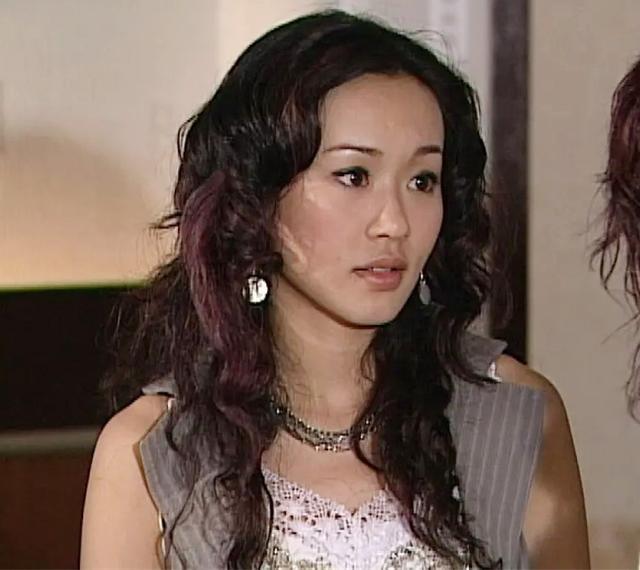 思琦老公:神秘老公被指另有家室,儿子跟妈妈姓杨?42岁杨思琦亲自回应