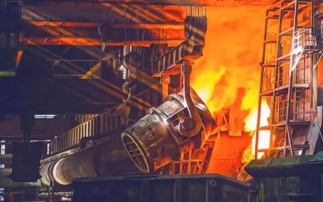 中国钢铁屹立不倒!美澳一夜间陷入钢铁荒,直呼:太大意了