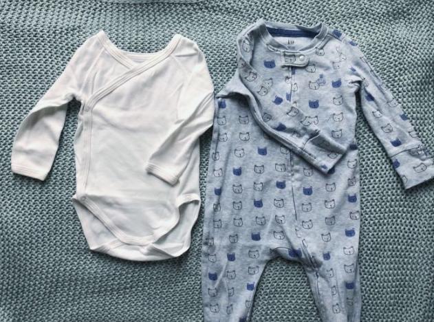 新生儿衣服应买哪些?权威大咖解答,众多经验网友助阵,很全面