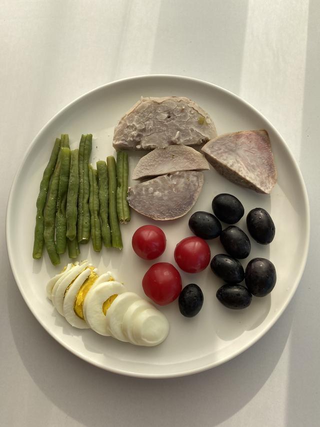 靠吃1个半月瘦10斤,一日三餐我是这么吃的,减脂食谱第3天