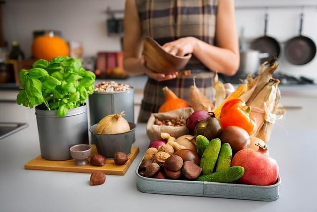 膳食纖維要多吃還是少吃?注意:低纖維飲食和結腸炎存在這種關系