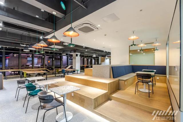 办公室装修解答:如何设计安详且高效的会议空间?