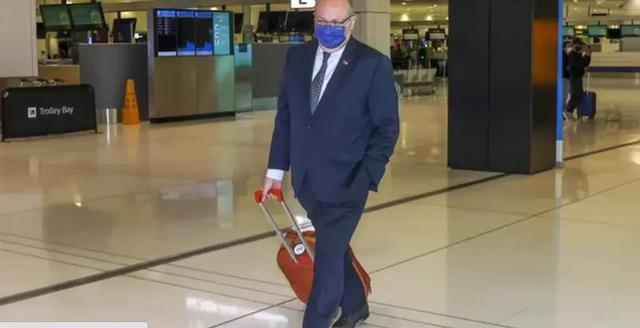 """潜艇风波后,法大使将返澳""""重新定义""""两国关系,澳媒:两国重建信任或许需数年"""
