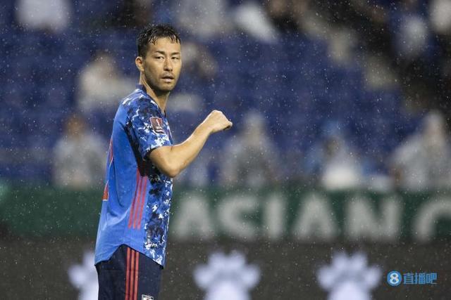 吉田麻也:对阵澳洲要做好背水一战的准备,球队精神面貌需改善