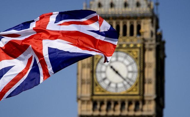 国际局势乱了?英俄冲突增剧,普京硬刚日本,美澳矛盾升级