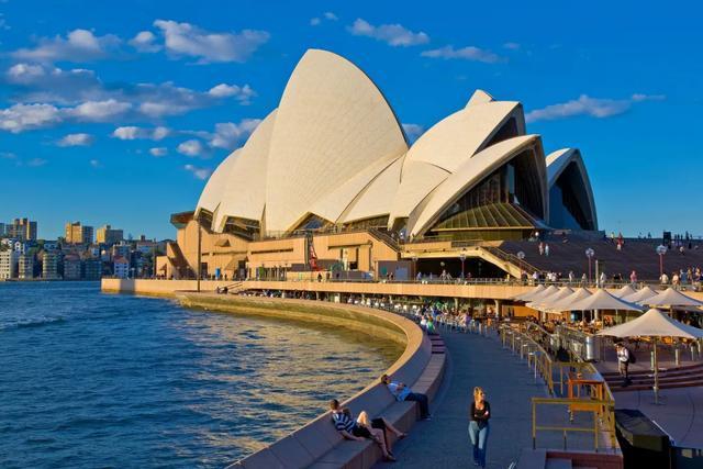 「热点快讯」最新确认!澳洲将于12月重新开放国境