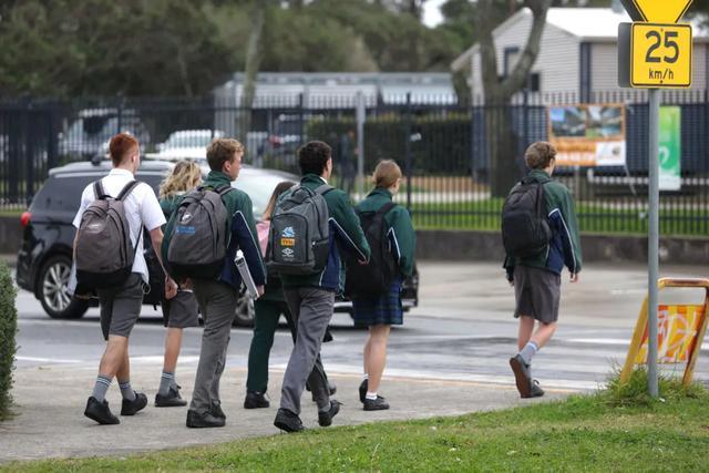 悉尼一半以上学区房价录得两位数涨幅,最高飙升45%