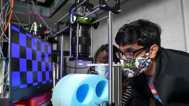 赛博朋克式脑机接口,科幻电影里的黑科技无穷接近现实