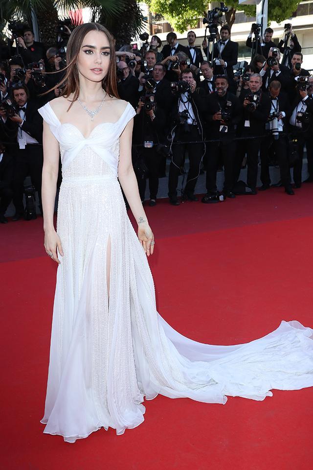 风光嫁人时尚依旧?小赫本莉莉回归《艾米丽在巴黎》第二季  第3张