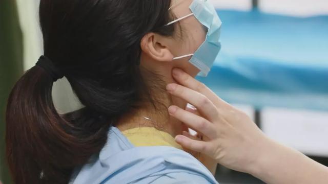 中青年女性高发!两年没复查,25岁姑娘甲状腺结节变成癌