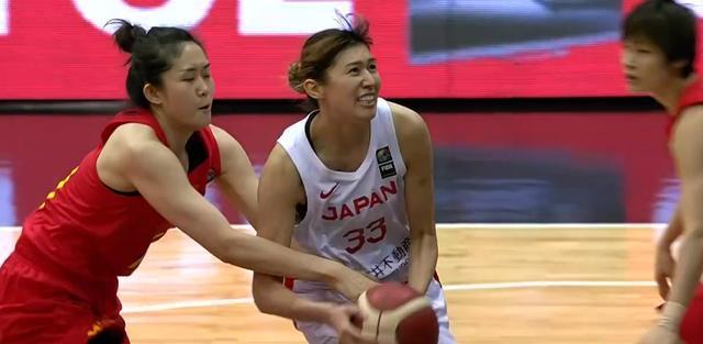 中国女篮重蹈澳大利亚女篮覆辙,1与10的差距太明显