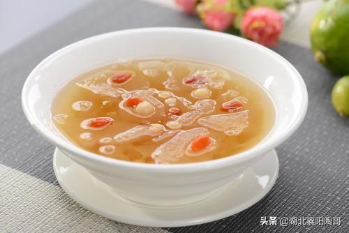 秋天喝碗汤,不用医生帮,5款汤水常喝,补气润肺去秋燥,身体棒